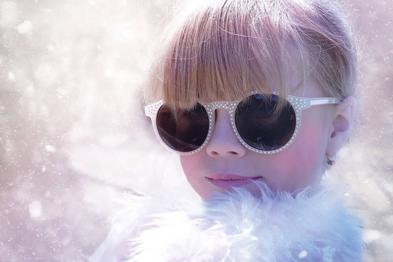 winter bgs girl glamourous sunglasses