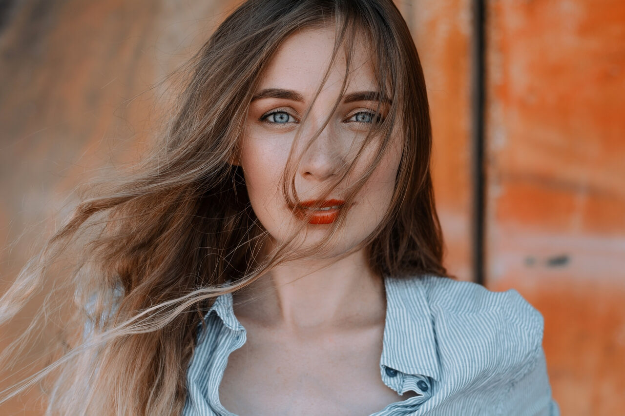 girl-blue-eyes_1280x853