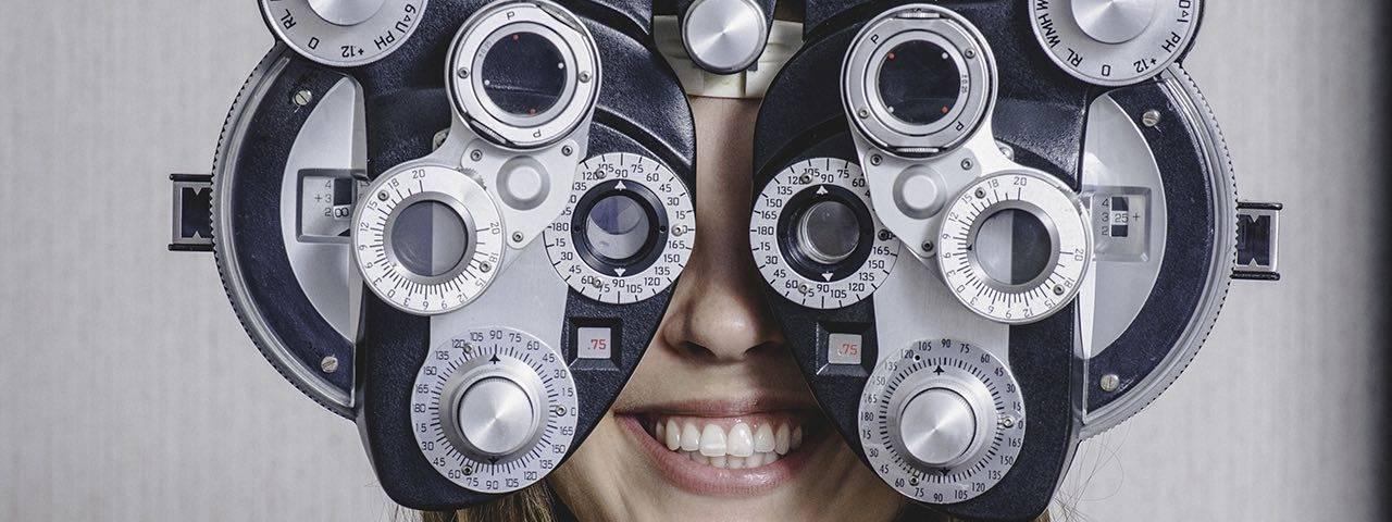 girl_eye_exam2-bkground_sm-e1481130636916