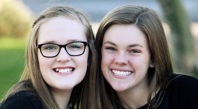 teenage girls smiling 640