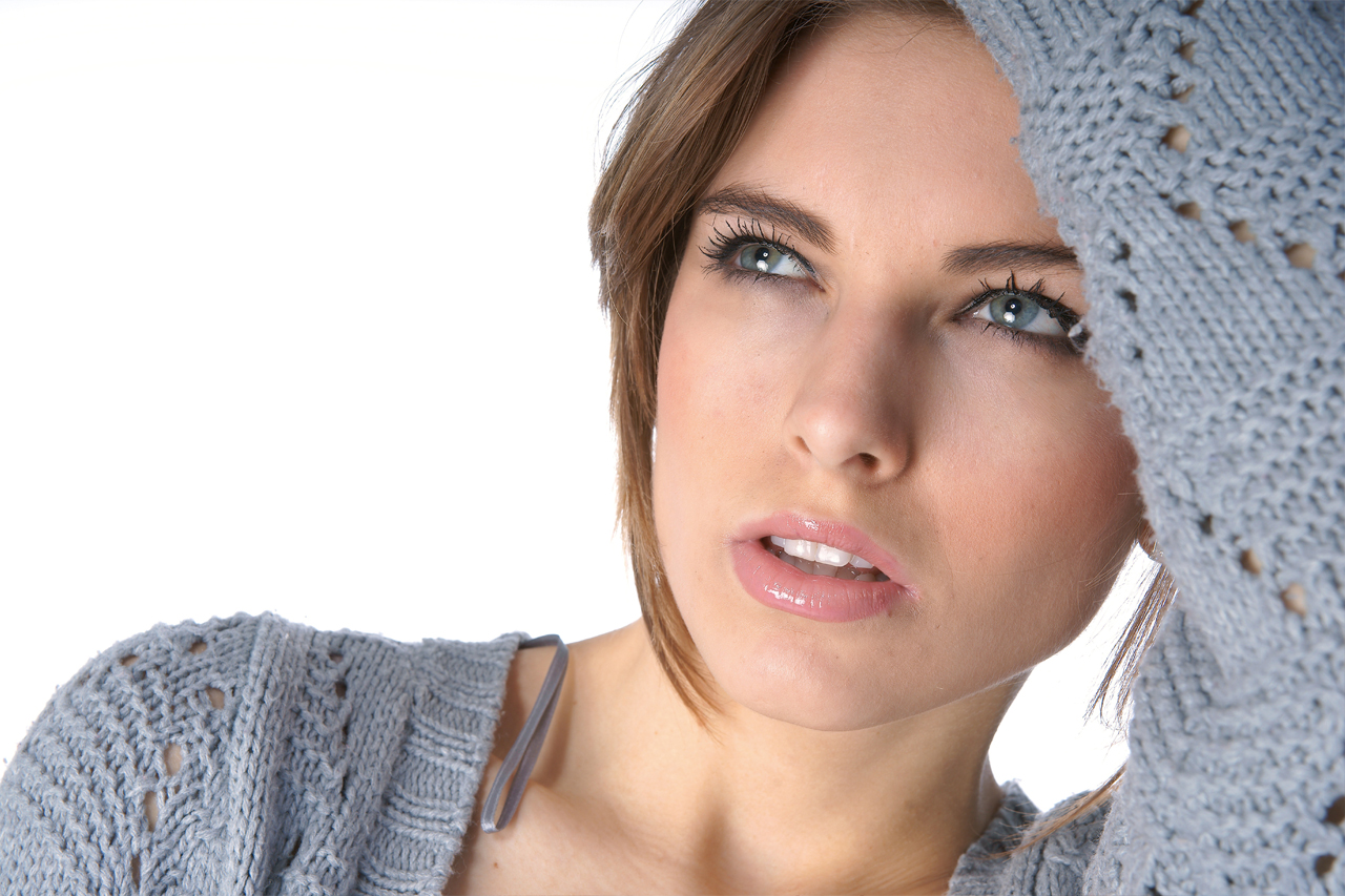 Woman Tired Blue Eyes 1280×853
