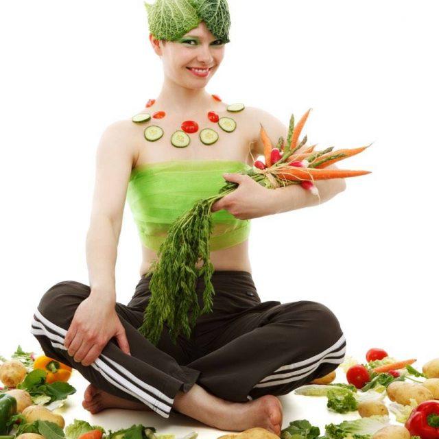eye nutrition foods girl cabbage head 1280×853