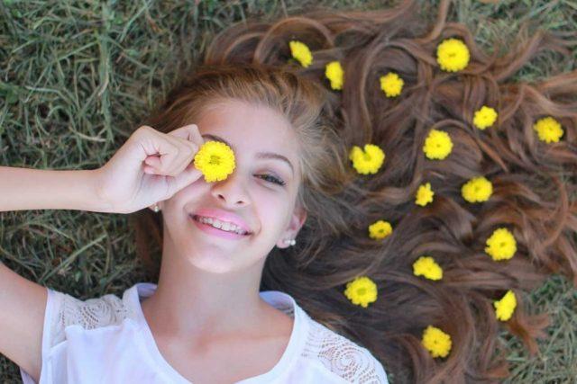optometrist, Girl smiling under myopia management in Algonquin, Illinois