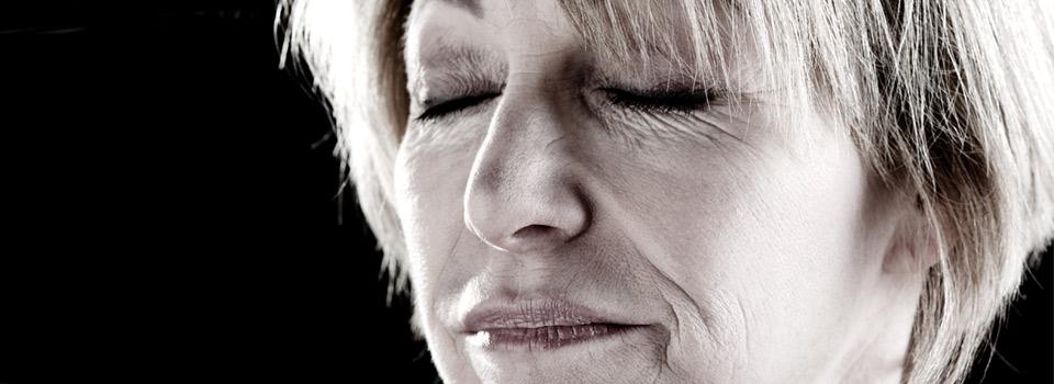 Eye exam, woman suffering from dry eye in Mentor, Ohio