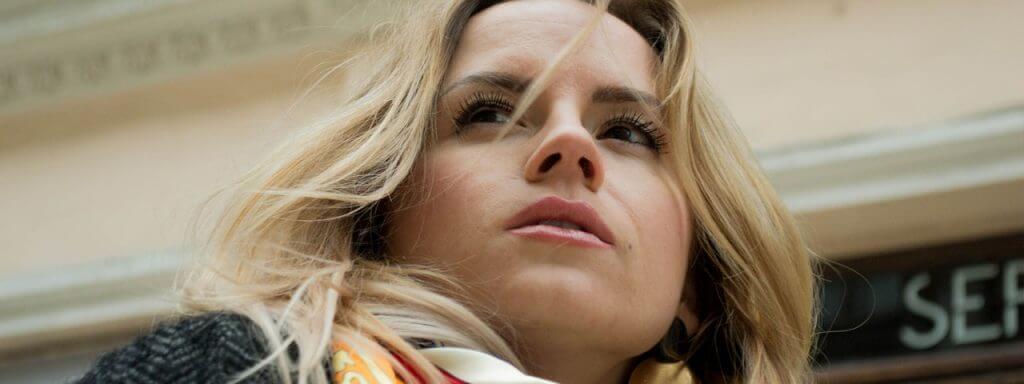 Woman Blond Closeup Woodside NY 1280×480