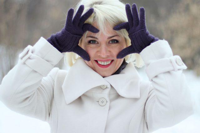 Eye care, woman wearing winter coat in Olathe, KS