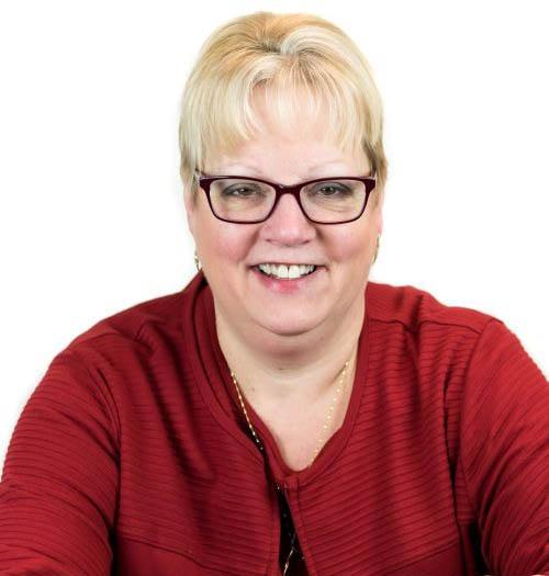 Kim-Knapp-Office-Manager-200x300-2