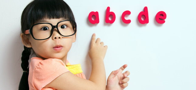 girl_with_alphabet.png