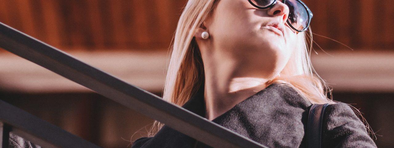 Woman Sunglasses Closeup 1280x853 1280x480