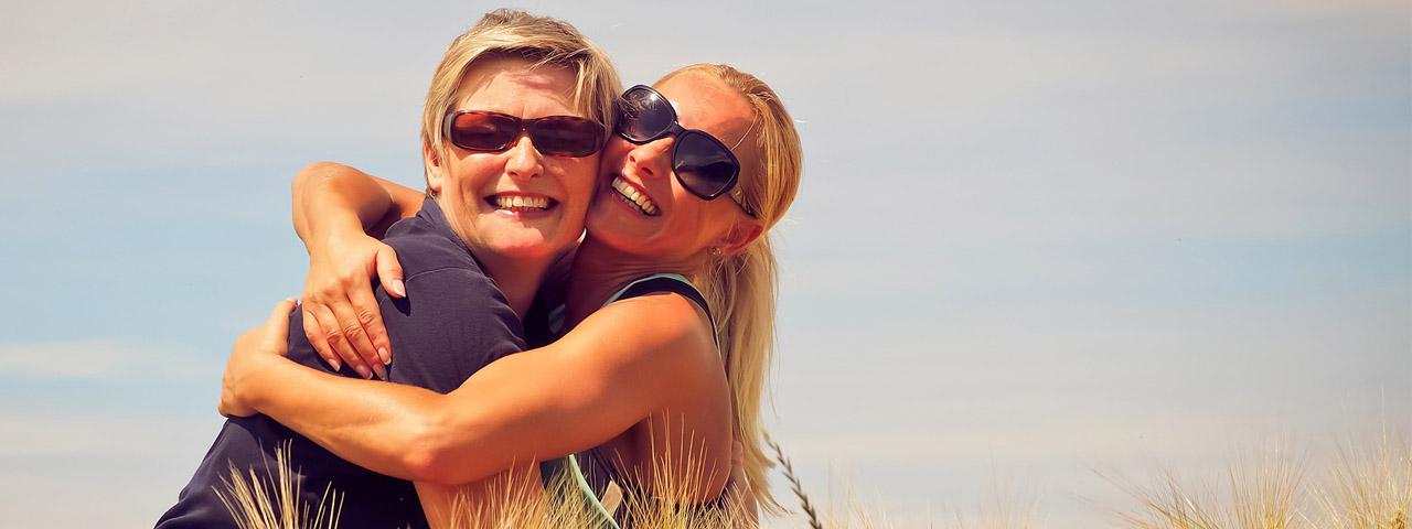 Women wearing sunglasses in Hemlock and Saginaw, MI