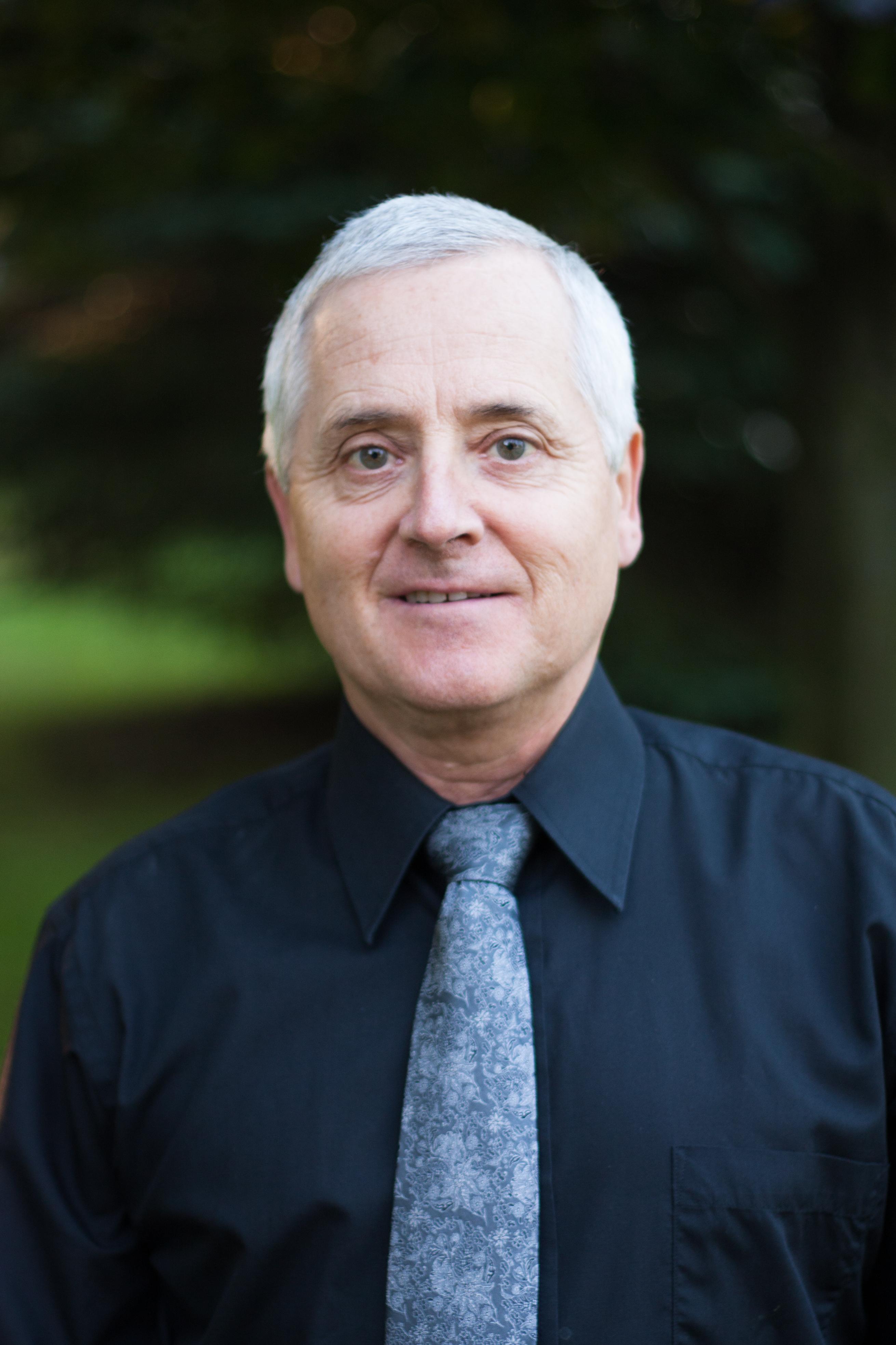 Dr. Larry Carr