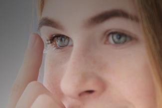 Teen Girl Contact Lens