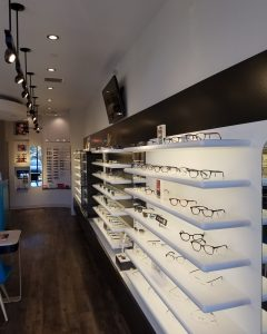 eyeglasses display 8by10