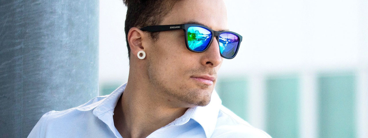 Man Sunglasses Model 1280×480