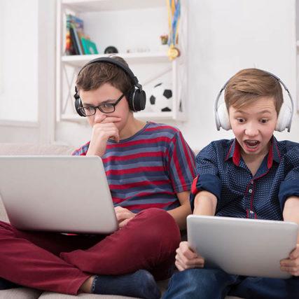 kids-on-laptops-640-427x427