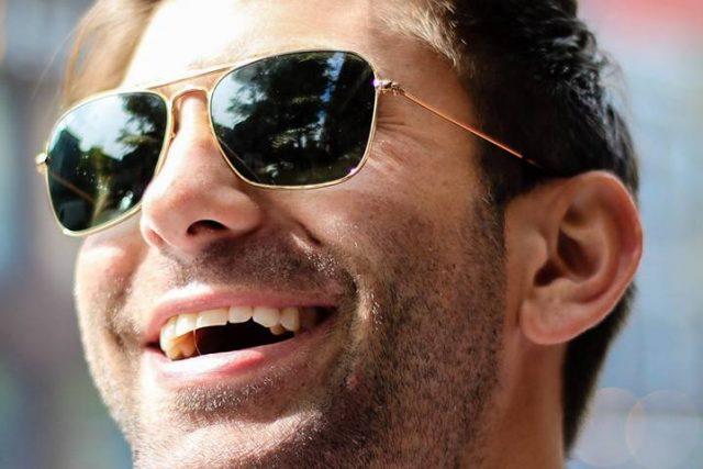 Man Smiling Sunglasses 1280×480