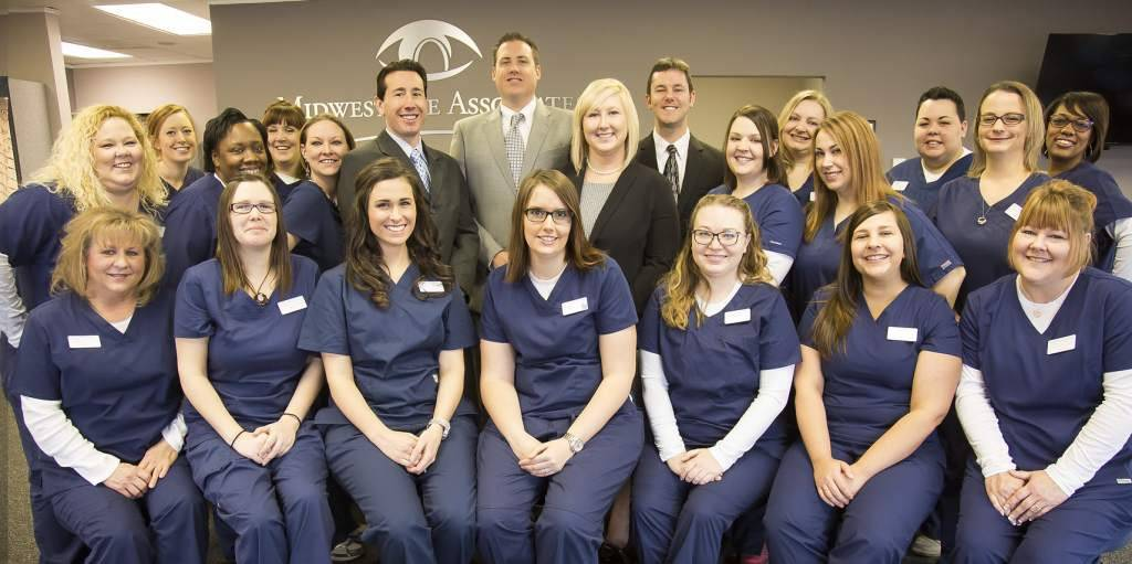 Midwest Eye Associates Team 1024x511
