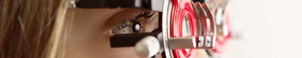 Phropter girl eye exam