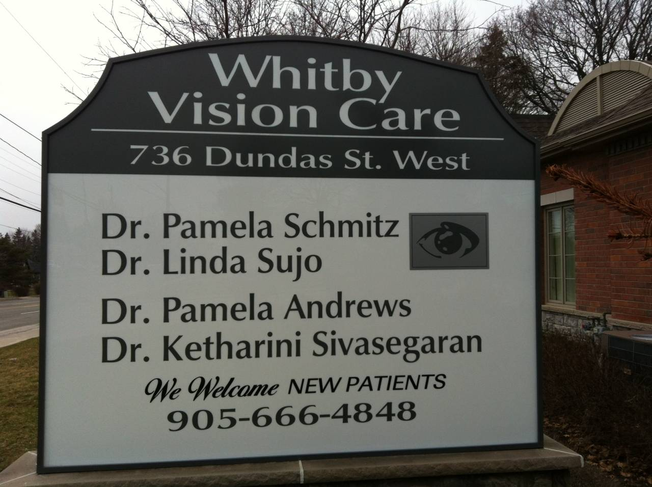 whitby_vision_care_sign