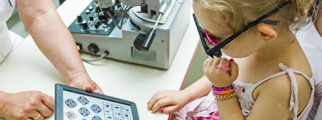 Young Girl Child Eye Exam 1280x853 1280x480 640x240