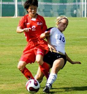 sports-soccer-females-caucasian cropped